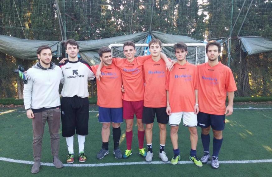 Torneo Fuoriclasse Majorana_squadra vincitrice triennio_5°D MONKEY