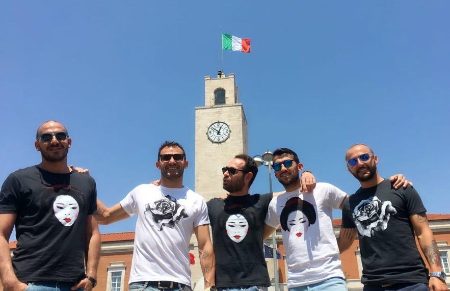 Foto squadra Piazza del Popolo pinky